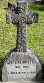 Presbyterian cross, Belvidere Holy Trinity Anglican Church